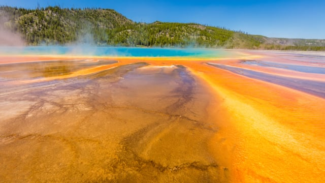 Yellowstone Wonders 1 - 4K Nature Documentary Film