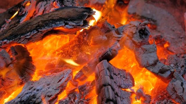 Relaxing Campfire 3